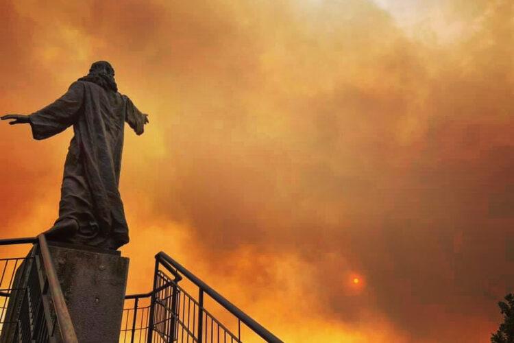Incendi in Sardegna. La diocesi di Iglesias vicina alle comunità colpite